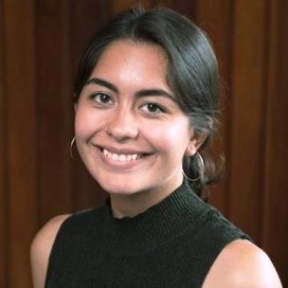 BIO: Elisabeth Palacios